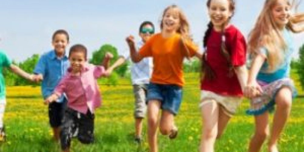 Hot & Healthy: Your Guide to Summertime Checkups & Health Care For Kids