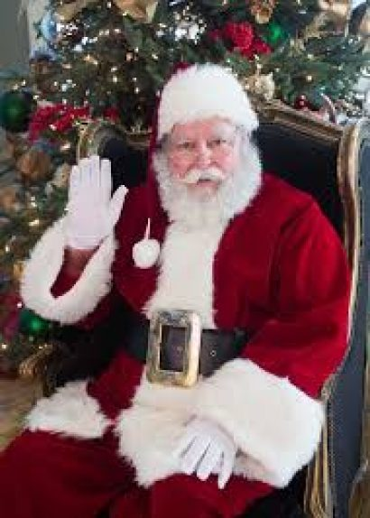 Southern Hotel's Photos with Santa